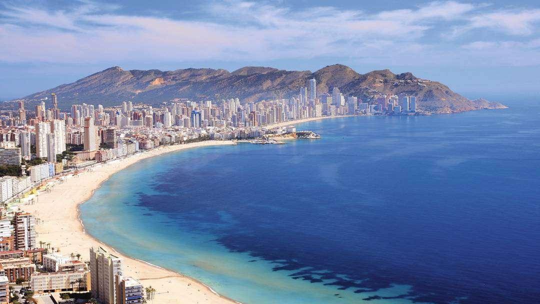 Города от аликанте до валенсии испания