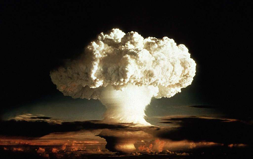 an analysis of lack of obstacles for a nuclear or atomic bomb in nuclear science At a basic level, nuclear power is the practice of splitting atoms to boil water, turn turbines, and generate electricity.