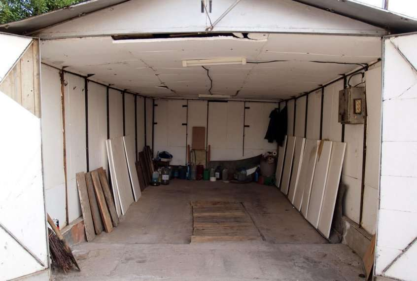 Отделка крыши в гараже