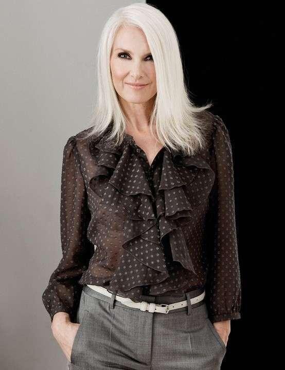 Как одеться весной женщине 45 лет