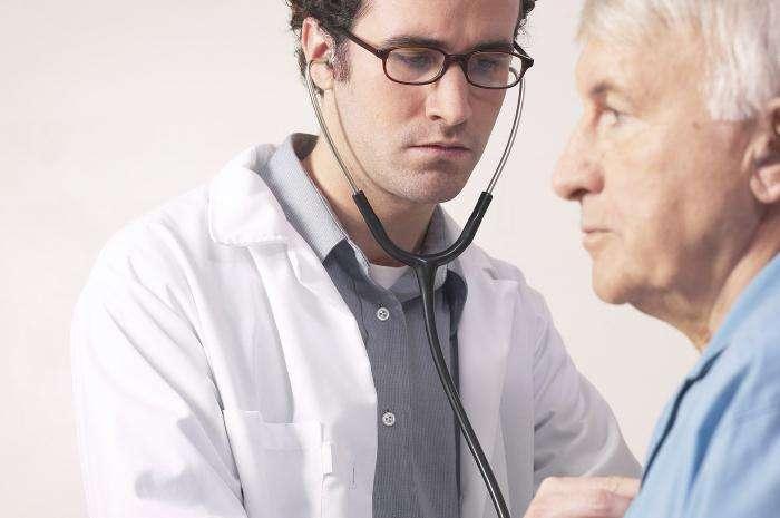 инфаркт головного мозга к какому врачу