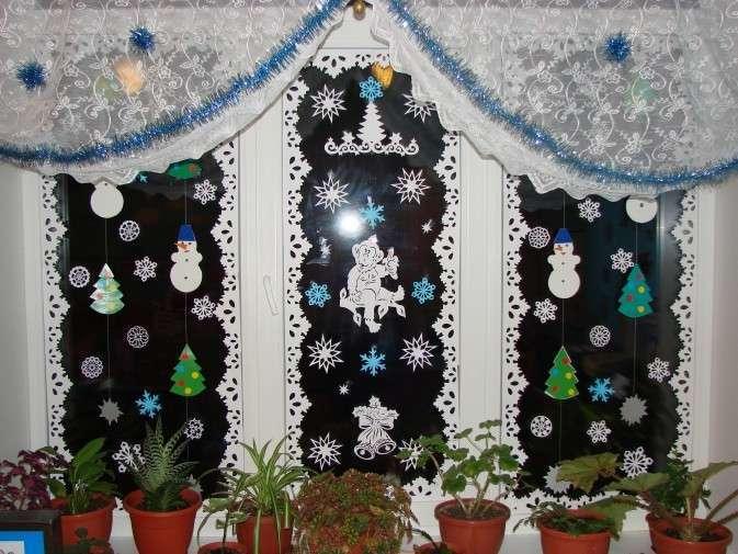 Чем украсить окна к новому году в детском саду