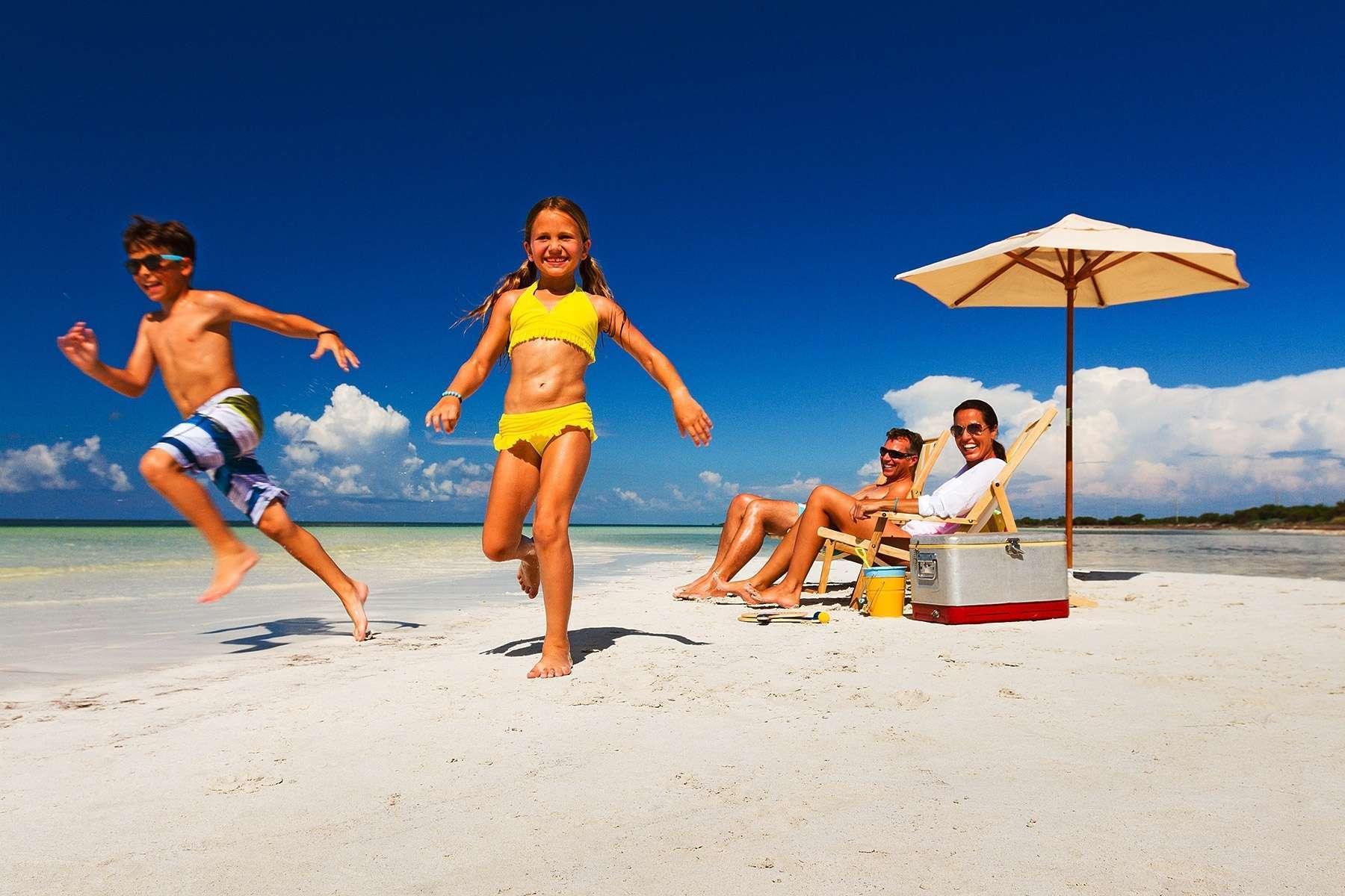 Картинка отдых с детьми на море