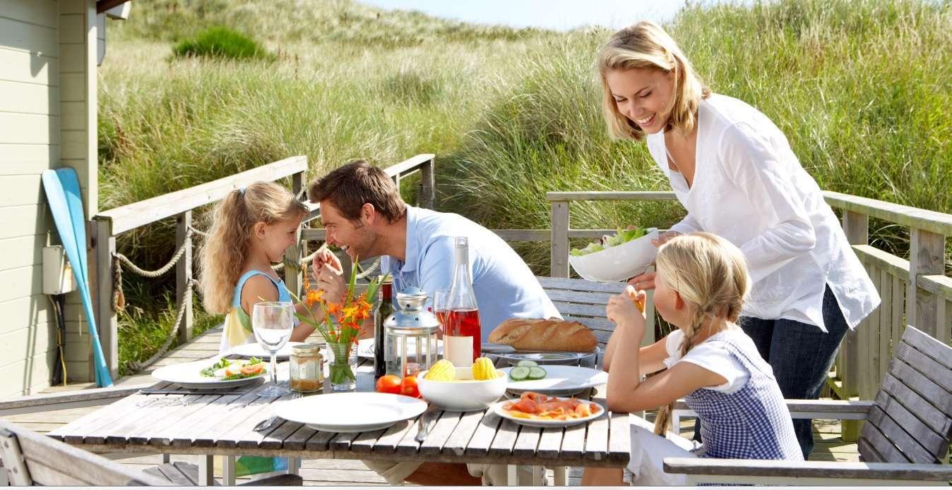 картинки семья отдыхает дома совета моп