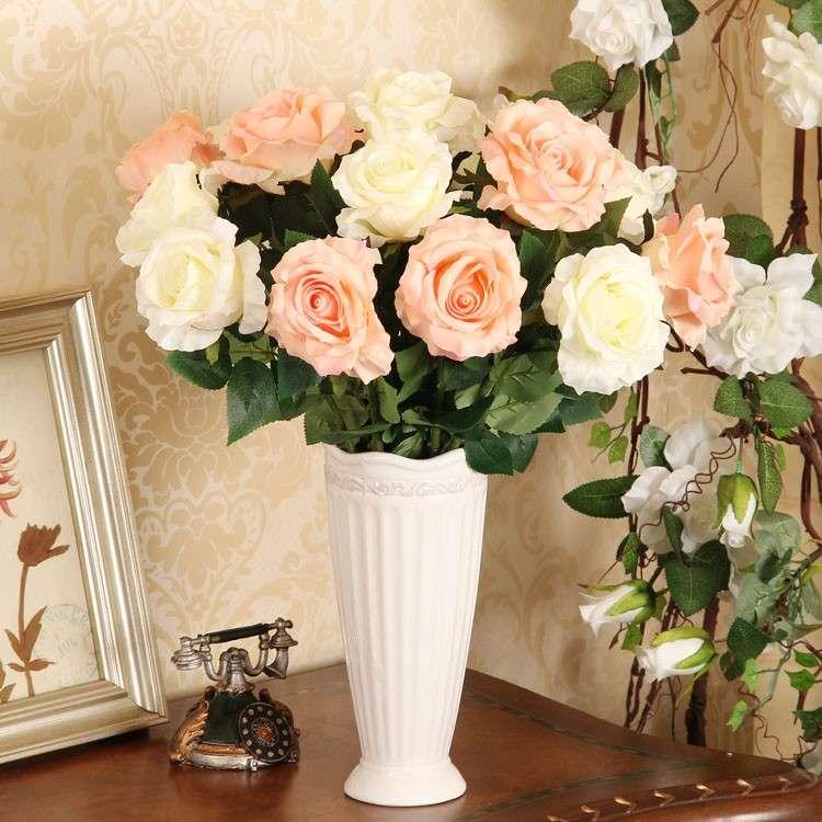 Искусственные цветы по фен шуй в квартире