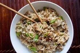 Такикоми гохан – рис с овощами и грибами