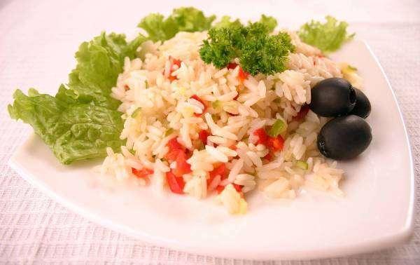 Рис с овощами дозволено есть