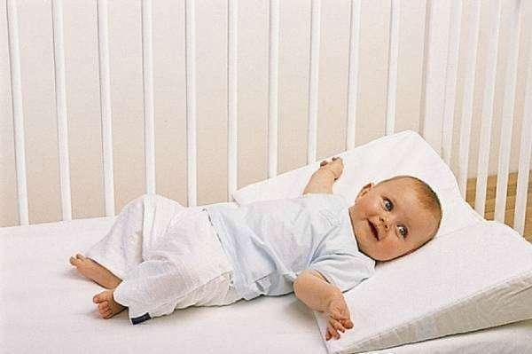 Как лучше спать - с подушкой или без?