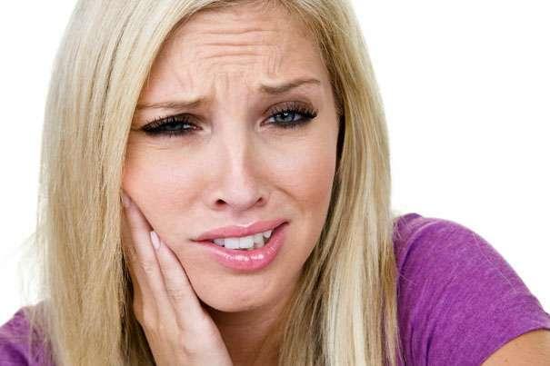 Как избавиться от зубной боли в домашних условиях проверенные методы