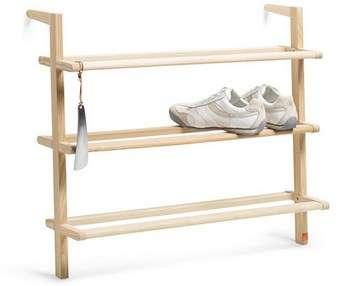 Полка из дерева в стиле минимализм. Фото с сайта www.prohandmade.ru