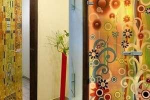 Как можно декорировать входную или межкомнатную дверь своими руками фото