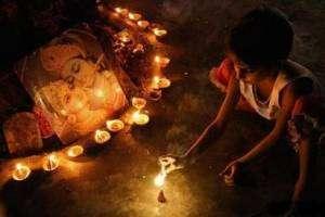 Лхабаб Дуйсэн: Нисхождение Будды с неба Тушита на Землю