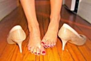 Сухая мозоль на подошве стопы: как вылечить