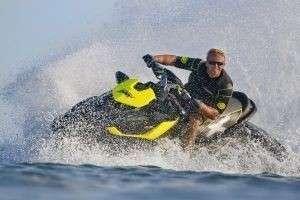 Как кататься на водном мотоцикле или Отдых настоящих экстремалов