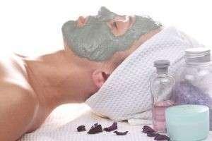 Отбеливающие маски для лица, укрепляющие – для волос и ногтей, или Правильное применение голубой глины
