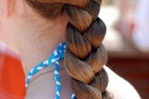 Заплести самой себе косу на самом деле несложно: подробная инструкция и видеоуроки