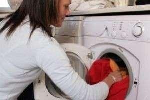 Уход за пуховиком: домашняя и профессиональная чистка