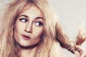 Почему секутся волосы и как избавиться от неприятного недуга