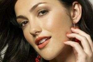 Дневной макияж для карих глаз: принципы и правила