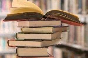 Что почитать из фэнтези, фантастики, классики, современной литературы, детективов, любовных романов? Списки интересных книг