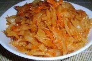 Как приготовить тушеную капусту с мясом: в мультиварке,  духовке и обычной кастрюле
