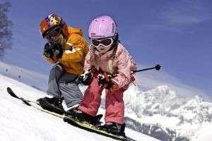 Как выбрать горные лыжи для детей и начинающих?