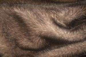 Придаем вещи свежий вид, или Как покрасить мех в домашних условиях
