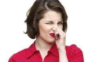 Как избавиться от запаха сырости в квартире, машине, стиральной машинке, с ковра?