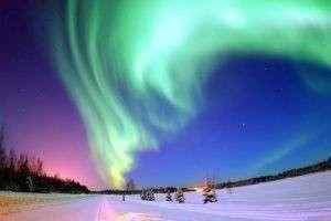 Как и почему появляется северное сияние?