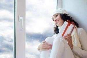 Как и чем утеплить окна на зиму внутри и снаружи своими руками?