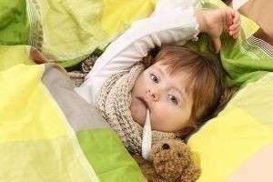 Как сбить высокую температуру у ребенка, и какую температуру надо сбивать?