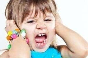Как справиться с капризами ребенка в 2 и 3 года?