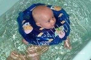 Как правильно подобрать воротничок для купания?