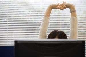 Вредно ли хрустеть пальцами: чем опасна невинная, на первый взгляд, привычка
