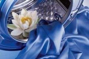 Как стирать шелк: полезные советы