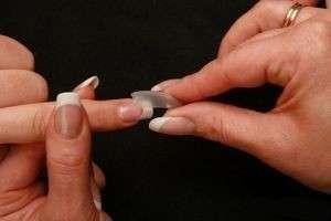 Наращивание ногтей гелем и акрилом на типсах: пошаговая инструкция, видео