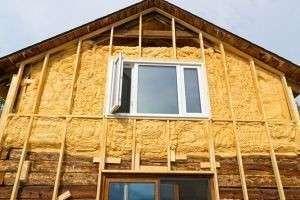 Выбор утеплителя для наружных стен деревянного дома