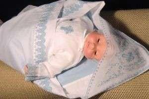Что дарить на крестины мальчику: идеи полезных и правильных презентов
