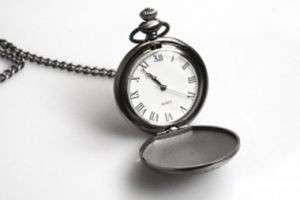 Можно ли дарить часы на день рождения? Что говорят приметы и здравый смысл