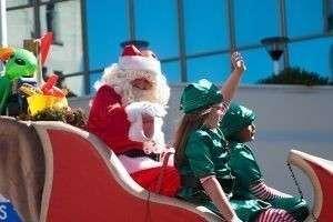 Рождественские парады в разных странах