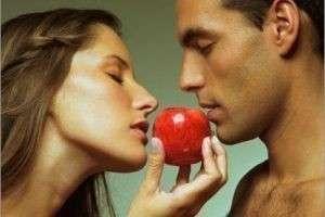 Почему отношения теряют былую страсть и как этим бороться?