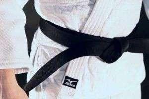 Как завязывать пояс на кимоно — особый ритуал