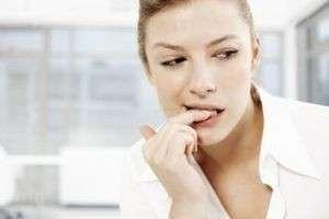 Как перестать грызть ногти. Избавляемся от вредной привычки