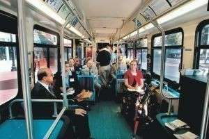 Этикет и общественный транспорт: несколько правил культурного поведения