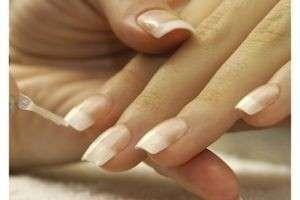 Как укрепить ногти?
