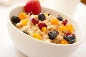 Здоровый завтрак или вредный ужин? Почему необходимо есть по утрам