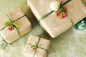 Удивляем своих близких, иди Что можно подарить на Новый год маме