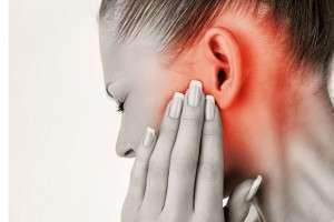Отит: симптомы, причины и виды ушных воспалений