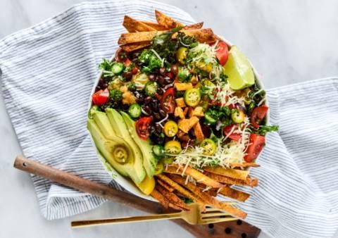Здоровое питание: салаты для легкого и полезного ужина