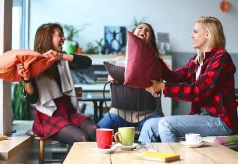 Женская инфантильность: как влияет на отношения с мужчинами?